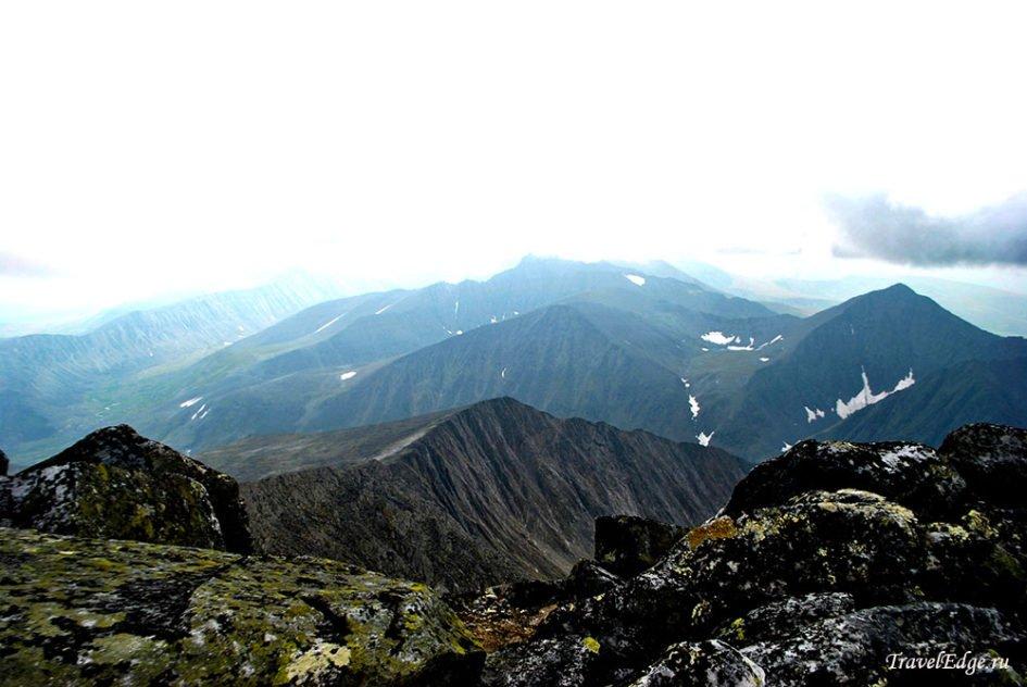 Вид с вершины горы Народная, национальный парк «Югыд Ва»