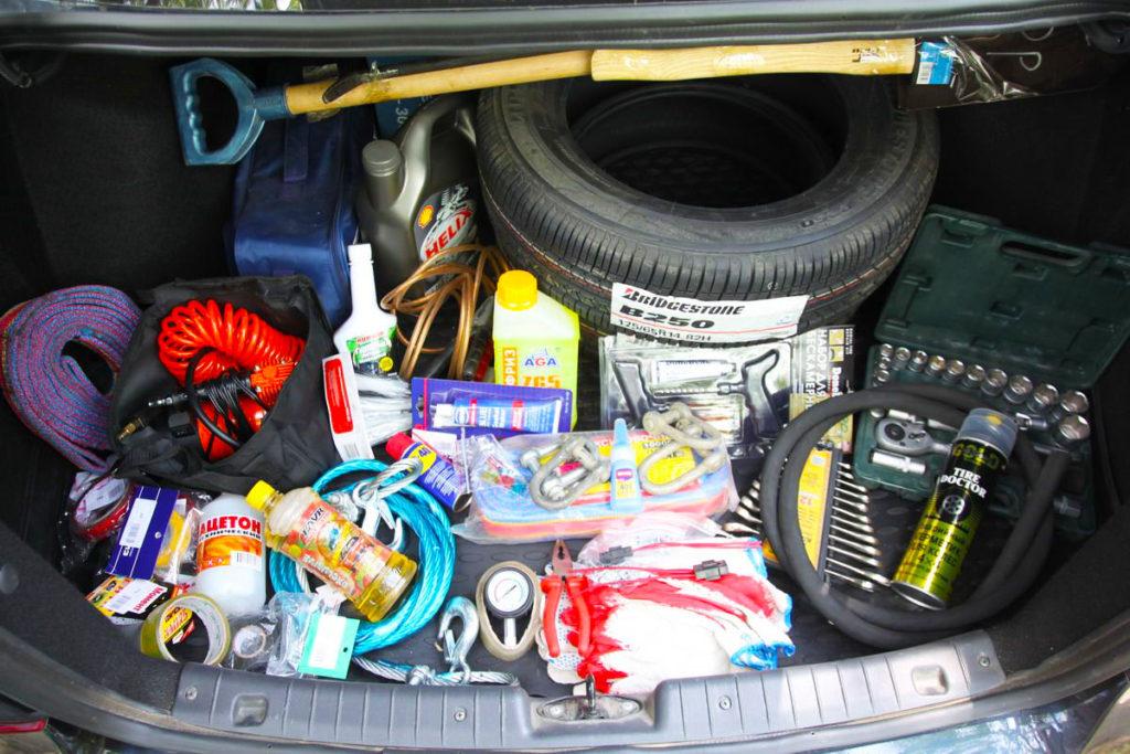 Вещи, которые должны находиться в машине во время поездки