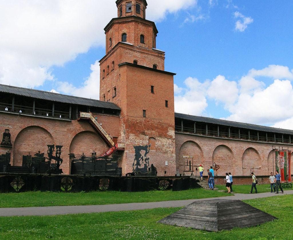 Воеводский двор, Новгородская область