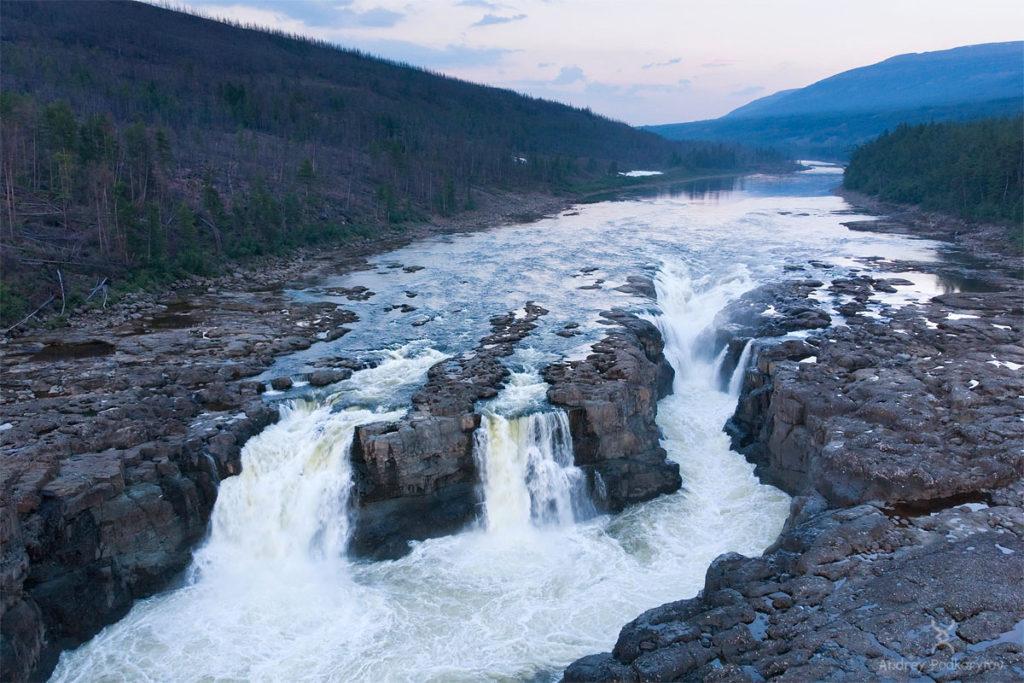 Большой Курейский водопад, плато Путорана, Красноярский край