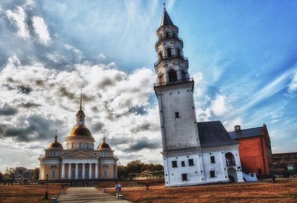 Невьянская падающая башня, Свердловская область