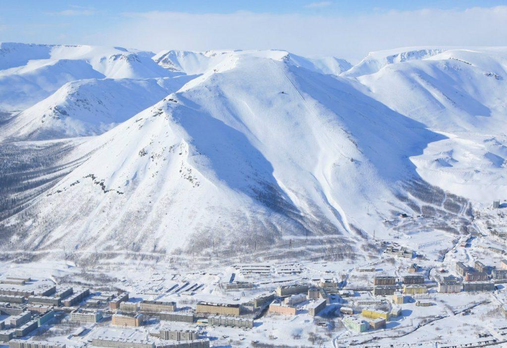 Гора Кукисвумчорр, Мурманская область. Фото с сайта - peakfinder.ru