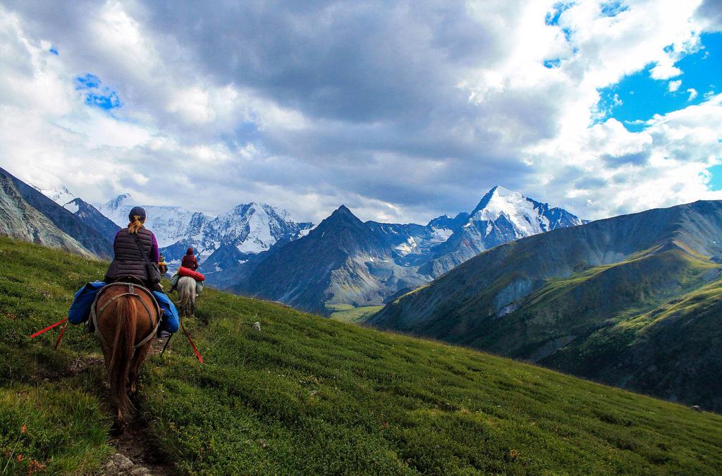 Конные туры к Кучерлинским озёрам, республика Алтай