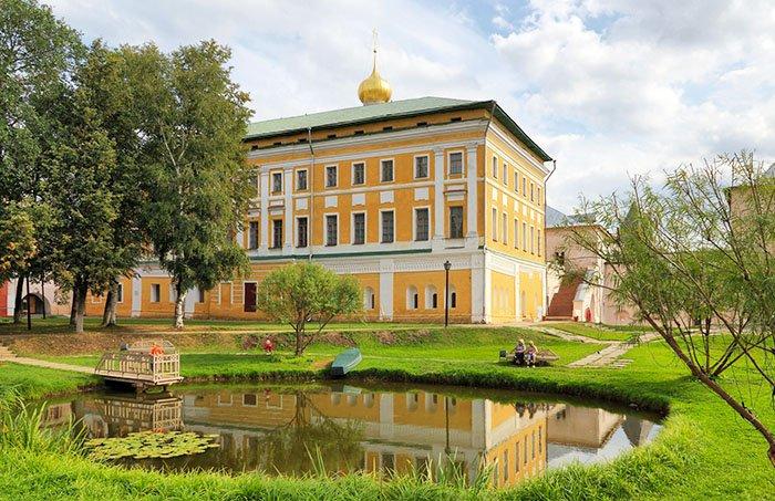 Самуилов корпус, Ярославская область.