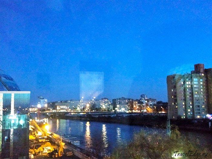 Вид на ночной Калининград с маяка Музея Мирового океана, Калининград