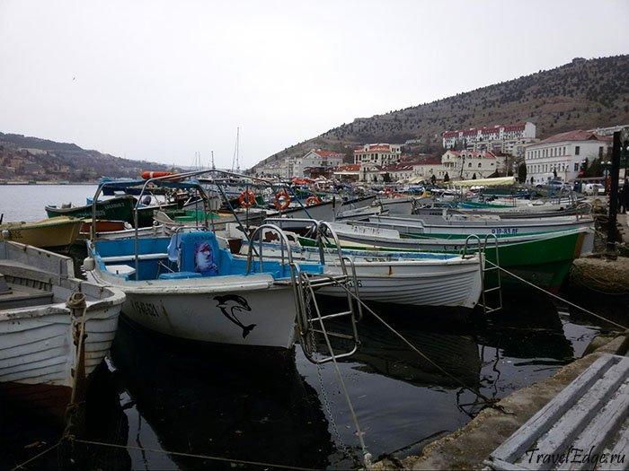 Причал лодок в Балаклавской бухте
