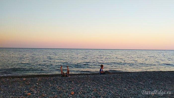 Галечный пляж, Чёрное море, Сочи