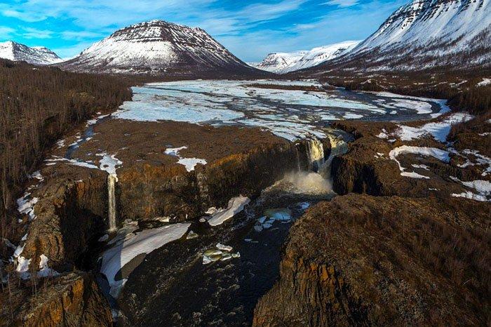 Тальниковый водопад, Плато Путорана, Красноярский край