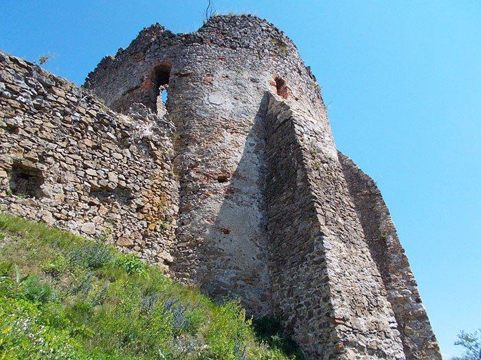 Замок Алдам-Гези, село Макажой