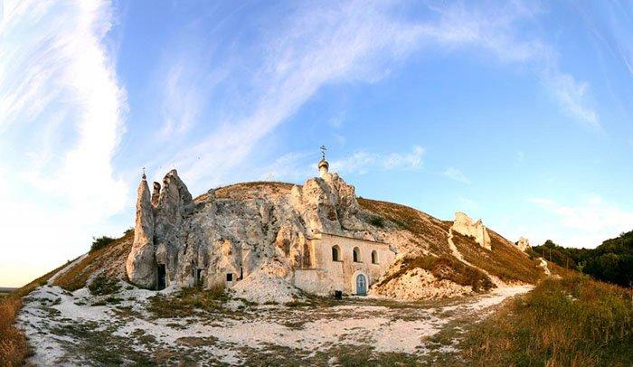 Церковь Иоанна Предтечи, плато Дивногорье, Воронежская область