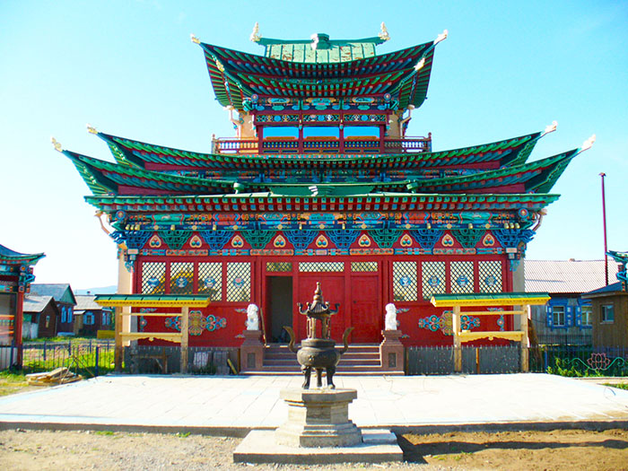 Храм-дворец Хамбо-ламы Итигэлова, республика Бурятия