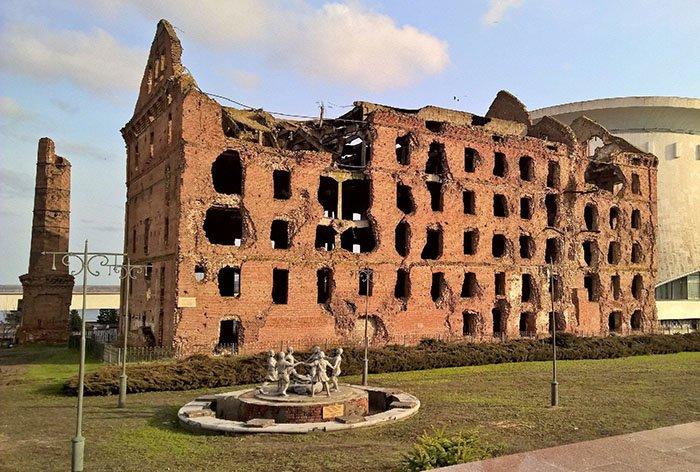 Руины мельницы имени Грудинина (Гергардта), Мамаев курган, Волгоград