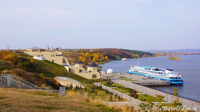 Причал и парк на берегу Волги, Болгар, республика Татарстан