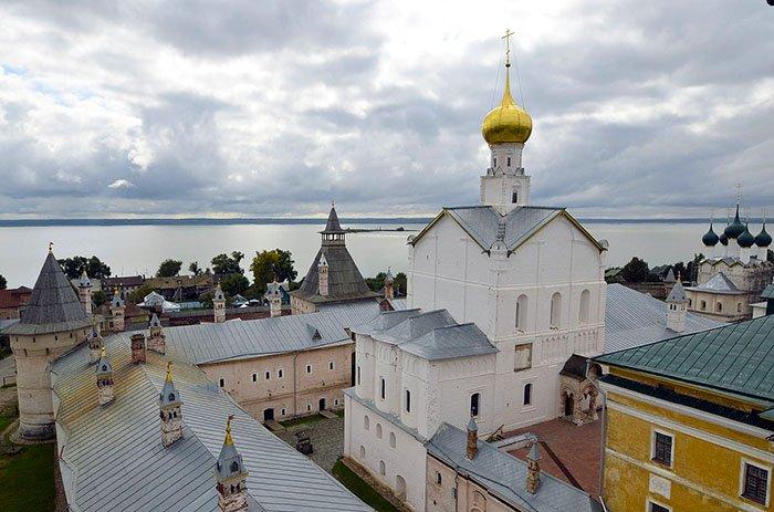 Церковь Спаса на Сенях, Ростовский кремль, Ярославская область