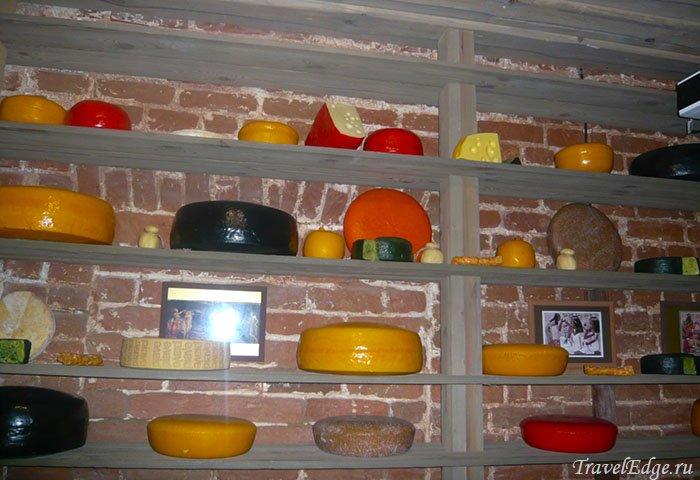 Один из стендов музея, Музей сыра, Кострома