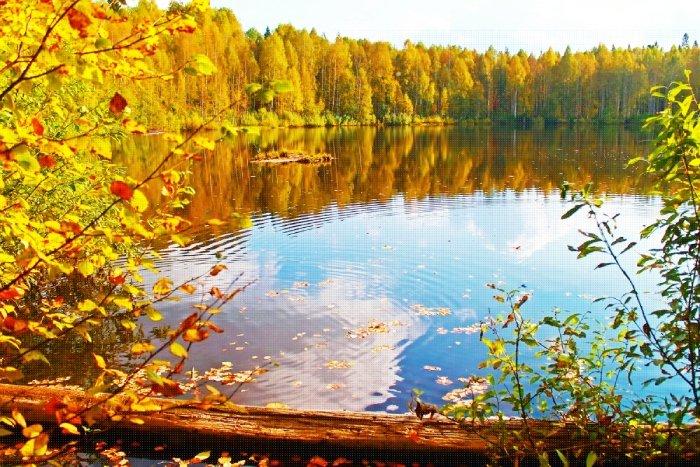 Озеро Шайтан осенью