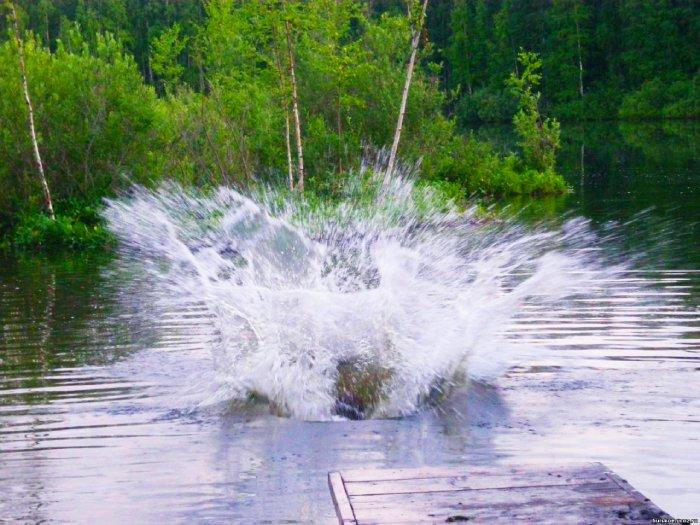 """""""Фонтан гнева"""" на озере Шайтан. Фото с сайта - mtdata.ru"""