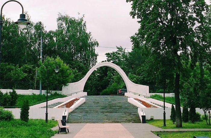 Арка влюблённых, Казань