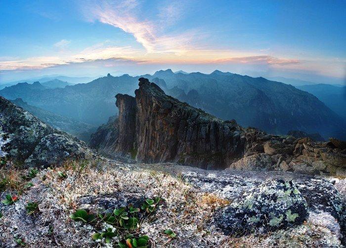 Гора Зуб Дракона, Западные Саяны