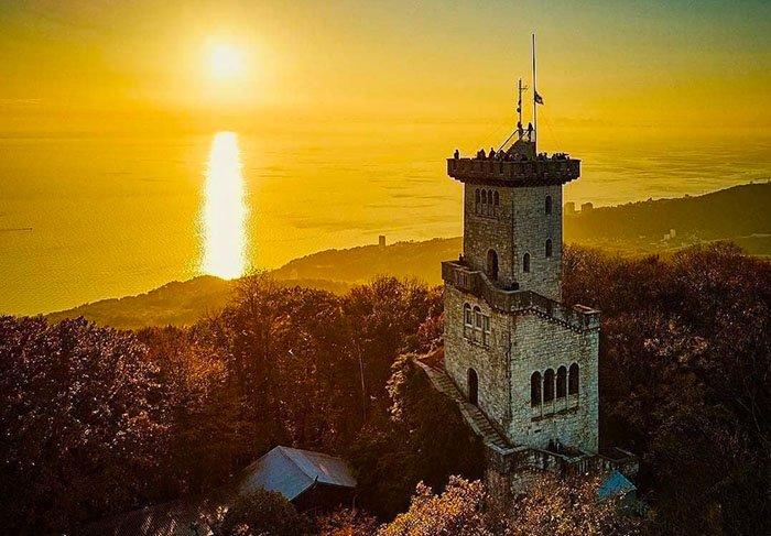 Смотровая башня на горе Ахун, Сочи