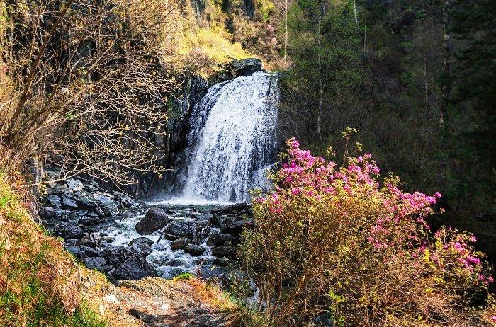 Водопад Корбу. Алтайский заповедник