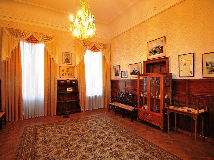 Ливадийский дворец. Классная комната Великих княжон