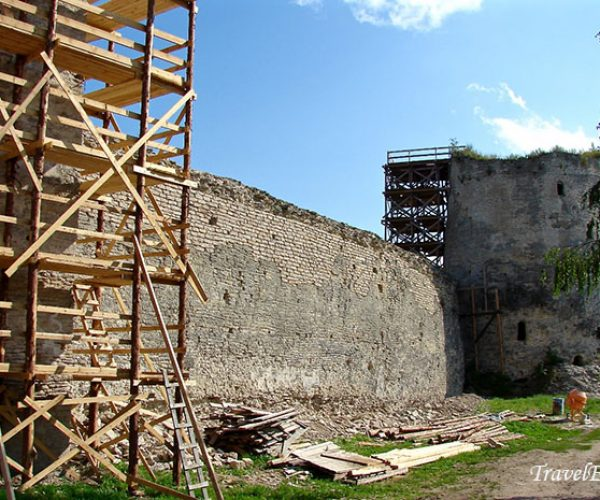 Крепостная стена, г. Изборск