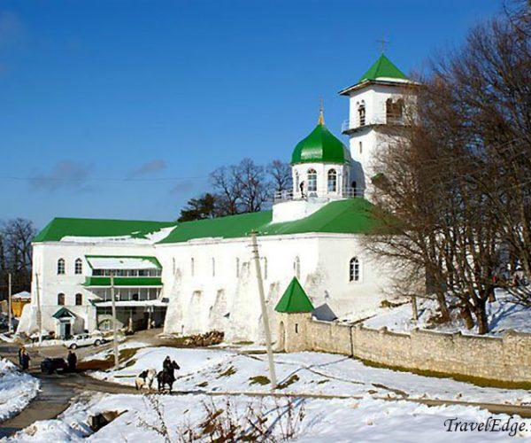 Свято-Михайловский монастырь, республика Адыгея