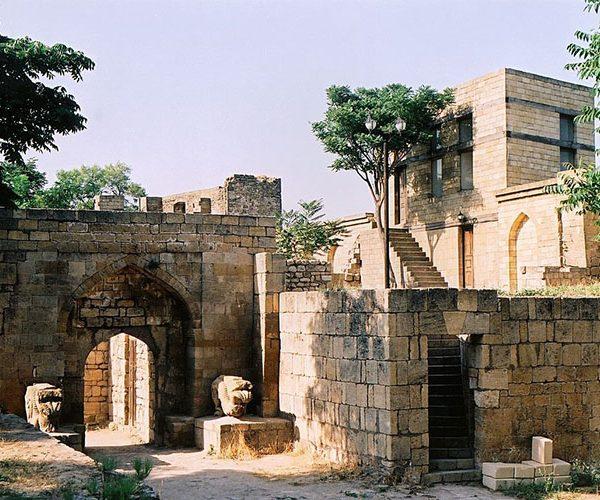 Ханский дворец, Крепость Нарын-Кала, республика Дагестан
