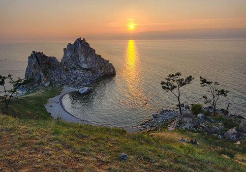 Мыс Бурхан. Скала Шаманка. Озеро Байкал, Иркутская область